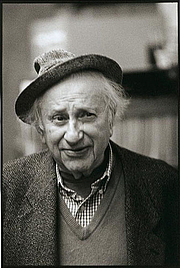 Kirjailijan kuva. Photo by Robert Birnbaum (courtesy of the photographer)
