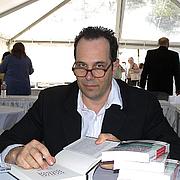 Författarporträtt. Credit: Larry D. Moore, Texas Book Festival, Austin, TX, Nov. 1, 2008