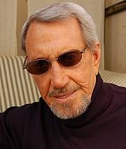 Författarporträtt. wikimedia.org/lucasfigo