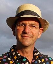 """Foto do autor. <a href=""""http://www.danbaum.com"""" rel=""""nofollow"""" target=""""_top"""">http://www.danbaum.com</a>"""