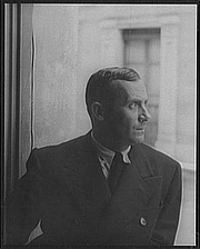 Kirjailijan kuva. Joan Miró, 1935. Photo by Carl Van Vechten. (Library of Congress Prints and Photographs Division LC-USZ62-42511)