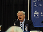 """Författarporträtt. reading at Annapolis Book Festival By Slowking4 - Own work, GFDL 1.2, <a href=""""https://commons.wikimedia.org/w/index.php?curid=68633862"""" rel=""""nofollow"""" target=""""_top"""">https://commons.wikimedia.org/w/index.php?curid=68633862</a>"""