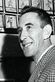Kirjailijan kuva. Ralph Wright (2)