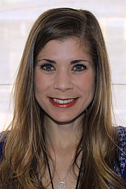 """Foto de l'autor. Author Sarah McCoy at the 2015 Texas Book Festival. By Larry D. Moore, CC BY-SA 4.0, <a href=""""https://commons.wikimedia.org/w/index.php?curid=44609228"""" rel=""""nofollow"""" target=""""_top"""">https://commons.wikimedia.org/w/index.php?curid=44609228</a>"""