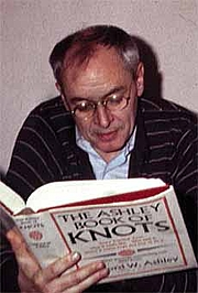 Foto do autor. Ronald David Laing (1927-1989) Photo by Robert E. Haraldsen, 1983