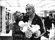 "Fotografia de autor. McKuen with Grete Keller: Image © <a href=""http://www.bildarchiv.at/"">ÖNB/Wien</a>"
