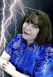 Kirjailijan kuva. Photo by Sharon Sams-Adams