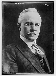 Foto do autor. George Grantham Bain Collection (Library of Congress)
