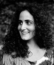Författarporträtt. Tatiana Salem Levy (2013)