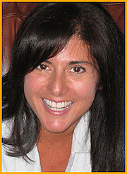 """Författarporträtt. Courtesy <a href=""""http://www.studiolvs.com/website_root/index.html"""">Laura Vaccaro Seeger</a>"""