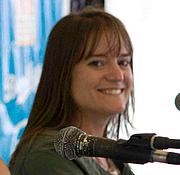 Forfatter foto. Sara Shepard at the Brooklyn Book Festival. Photo by Navdeep Singh Dhillon.