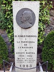Foto de l'autor. Efígie d'Agustí Bartra a Arinsal (Andorra). Autor desconegut