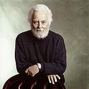 Kirjailijan kuva. Douglas Rain