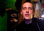 Kirjailijan kuva. Alec Dunn