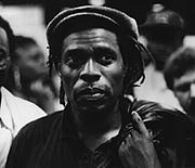 "Fotografia de autor. Koigi wa Wamwere (<a href=""http://www.artemisia.no"" rel=""nofollow"" target=""_top"">www.artemisia.no</a>)"