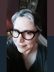 Kirjailijan kuva. author page at Pride Publishing