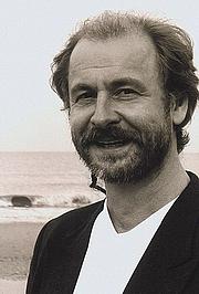 Kirjailijan kuva. Schriftsteller Klaus-Peter Wolf