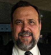 "Kirjailijan kuva. <a href=""http://www.academia.org.mx/Mauricio-Beuchot"" rel=""nofollow"" target=""_top"">http://www.academia.org.mx/Mauricio-Beuchot</a>"