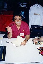 Forfatter foto. 1998 San Diego ComicCon. (c) T. Hedden