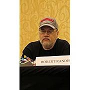 Kirjailijan kuva. via Amazon.com