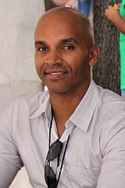"Foto de l'autor. Nelson at the 2017 Texas Book Festival By Larry D. Moore, CC BY-SA 4.0, <a href=""//commons.wikimedia.org/w/index.php?curid=64017575"" rel=""nofollow"" target=""_top"">https://commons.wikimedia.org/w/index.php?curid=64017575</a>"