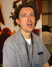"""Forfatter foto. Comics creator Brian Clevinger during an October 16, 2011 appearance at the New York Comic Con in Manhattan. This photo was created by Luigi Novi. By Luigi Novi, CC BY 3.0, <a href=""""//commons.wikimedia.org/w/index.php?curid=17291649"""" rel=""""nofollow"""" target=""""_top"""">https://commons.wikimedia.org/w/index.php?curid=17291649</a>"""