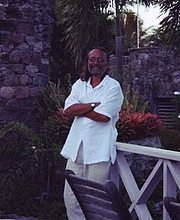 Foto de l'autor. photo of the author on Nevis, by Sara Fortenberry