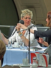 Kirjailijan kuva. Photo by user Dontworry / Wikimedia Commmons