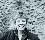 Forfatter foto. Eva Weissweiler, 2002 (Wikipedia; Foto Credit @ Klaus Kammerichs)