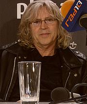 Kirjailijan kuva. wikimedia.org/poitrdrabik