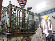 """Forfatter foto. The tomb of Imam al-Busiri in Alexandria, Egypt By Rose Aslan - Own work, CC BY-SA 3.0, <a href=""""https://commons.wikimedia.org/w/index.php?curid=18079893"""" rel=""""nofollow"""" target=""""_top"""">https://commons.wikimedia.org/w/index.php?curid=18079893</a>"""