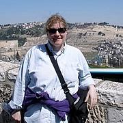 Forfatter foto. Laura Resnick in Jerusalem