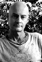 Foto do autor. Roger Smith author of DUST DEVILS, WAKE UP DEAD and MIXED BLOOD
