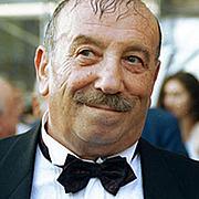 Kirjailijan kuva. megogo.net