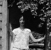 Författarporträtt. Louise Bogan, ca. 1920 [source: Curt Alexander (dies 1920), her husband]