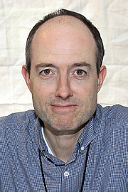 """Forfatter foto. Author Adam Haslett at the 2016 Texas Book Festival. By Larry D. Moore, CC BY-SA 4.0, <a href=""""https://commons.wikimedia.org/w/index.php?curid=53330351"""" rel=""""nofollow"""" target=""""_top"""">https://commons.wikimedia.org/w/index.php?curid=53330351</a>"""