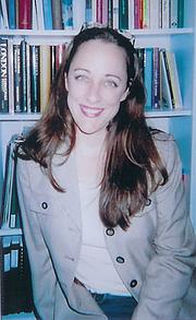 Author photo. Courtesy of Gaelen Foley.