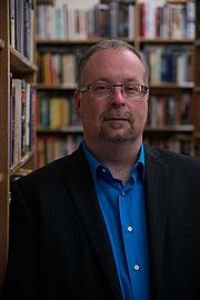 Författarporträtt. Photo taken at the fabulous Magus Books in Seattle, WA.
