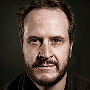 Forfatter foto. Mark Burnett