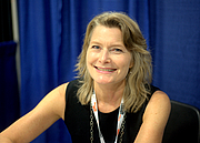 """Photo de l'auteur(-trice). 2018 National Book Festival By Avery Jensen - Own work, CC BY-SA 4.0, <a href=""""https://commons.wikimedia.org/w/index.php?curid=72641787"""" rel=""""nofollow"""" target=""""_top"""">https://commons.wikimedia.org/w/index.php?curid=72641787</a>"""