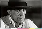 """Kirjailijan kuva. Joseph Beuys (1921-1986) / Photo © <a href=""""http://www.bildarchivaustria.at"""">ÖNB/Wien</a>"""