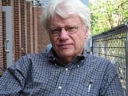 Författarporträtt. James W. Trent, Jr.