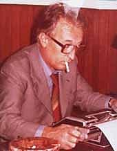 "Fotografia de autor. Gianni Rodari <a href=""http://www.giannirodari.it/biografia/index.html"" rel=""nofollow"" target=""_top"">http://www.giannirodari.it/biografia/index.html</a>"