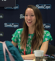 "Författarporträtt. Natasha Ngan at BookExpo at the Javits Center in New York City, May 2019. By Rhododendrites - Own work, CC BY-SA 4.0, <a href=""https://commons.wikimedia.org/w/index.php?curid=79387583"" rel=""nofollow"" target=""_top"">https://commons.wikimedia.org/w/index.php?curid=79387583</a>"
