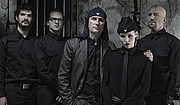 """Kirjailijan kuva. Laibach, Pressefoto 2011 By Gruppe LAIBACH - www.laibach.org CC BY-SA 3.0, <a href=""""https://commons.wikimedia.org/w/index.php?curid=25000800"""" rel=""""nofollow"""" target=""""_top"""">https://commons.wikimedia.org/w/index.php?curid=25000800</a>"""