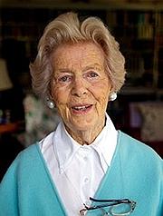 Kirjailijan kuva. Deborah Mitford Cavendish, Duchess of Devonshire