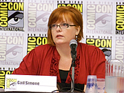 Autoren-Bild. Gail Simone Spotlight, San Diego Comic-Con International 2009, photo by Loren Javier