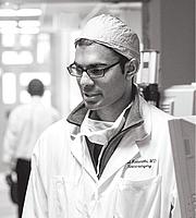 Författarporträtt. Paul Kalanithi at the Stanford Hospital and Clinics in 2014. (Norbert von der Groeben/Stanford Hospital and Clinics)