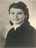"""Kirjailijan kuva. <a href=""""http://it.wikipedia.org/wiki/Renata_Vigan%C3%B2"""" rel=""""nofollow"""" target=""""_top"""">http://it.wikipedia.org/wiki/Renata_Vigan%C3%B2</a>"""
