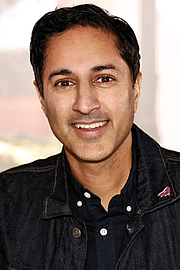 "Författarporträtt. Actor and author Maulik Pancholy at the 2019 Texas Book Festival in Austin, Texas, United States. By Larry D. Moore, CC BY-SA 4.0, <a href=""https://commons.wikimedia.org/w/index.php?curid=84522172"" rel=""nofollow"" target=""_top"">https://commons.wikimedia.org/w/index.php?curid=84522172</a>"